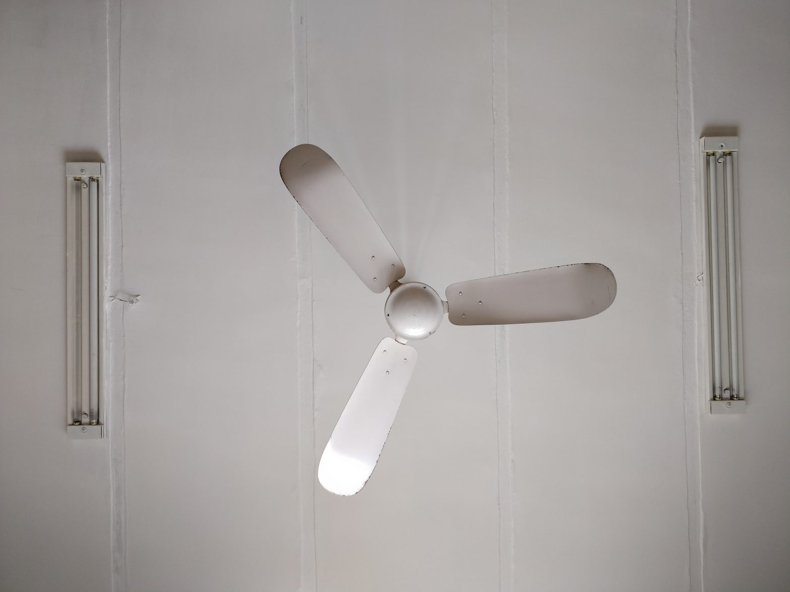 How To Replace A Ceiling Fan With Light Fixture