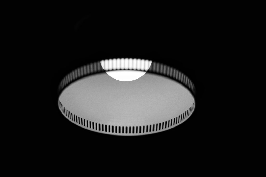 How To Remove A Flush Mount Ceiling Light